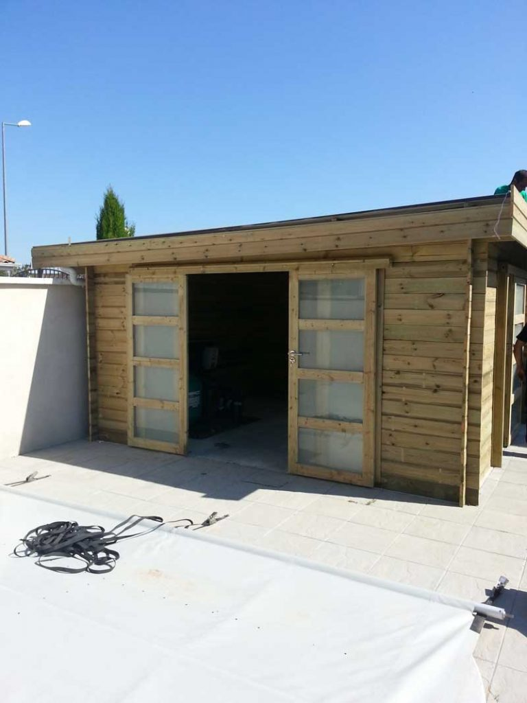 Installation d 39 abris de jardins d cines charpieu vers lyon bron 69 - Installer un abri de jardin ...