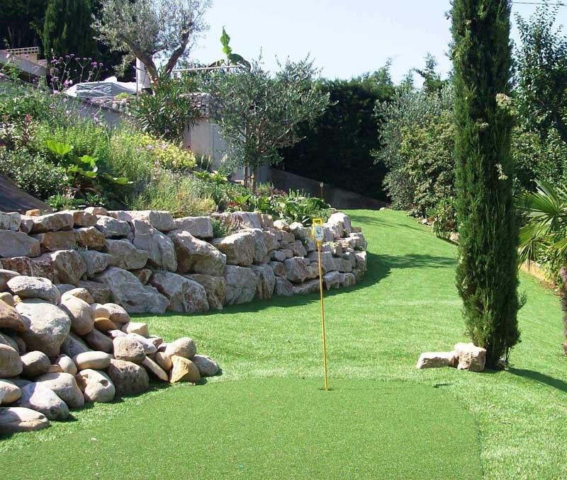 Cr ation de jardins plantation d 39 arbres et haies for Creation espace vert jardin