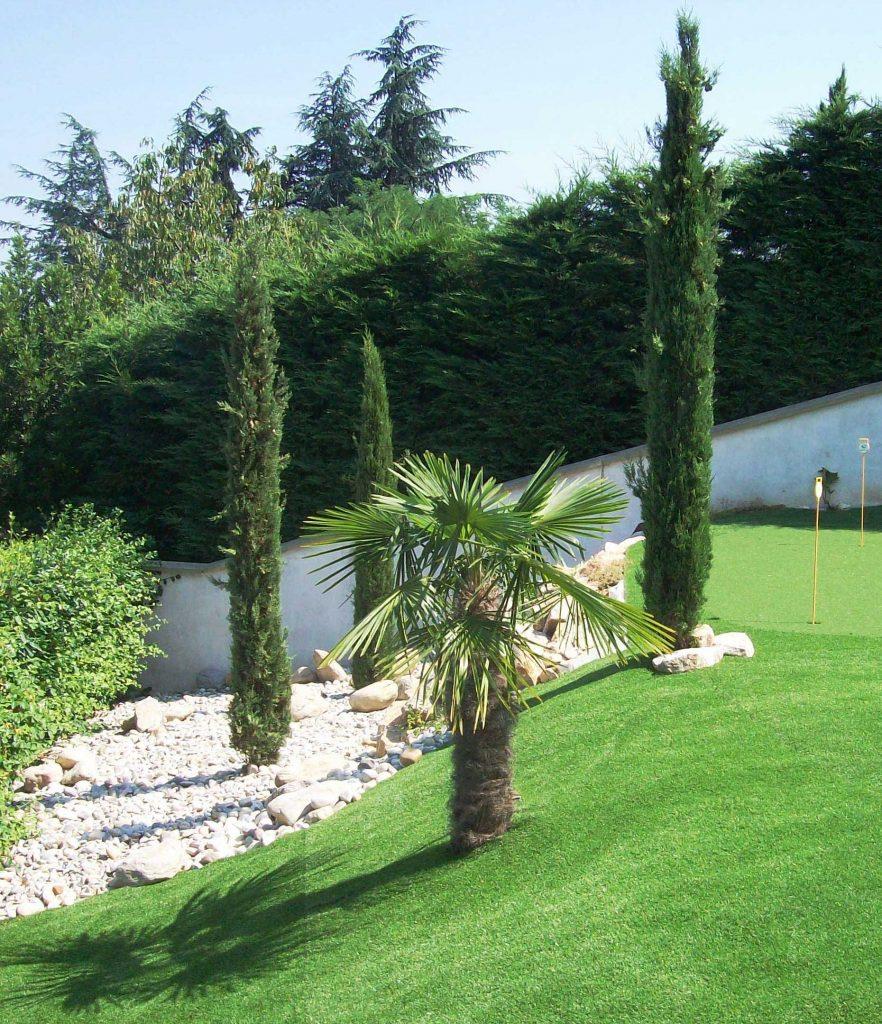 création de jardins, plantation d'arbres et haies à décines-charpieu