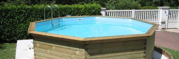 Installation de piscines en bois d cines charpieu vers bron et gonas - Piscine bois octogonale lyon ...